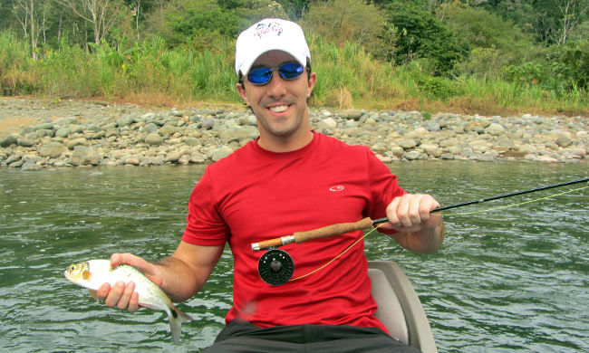 Fly fish costa rica fishing pros vacation package for Costa rica fishing vacations