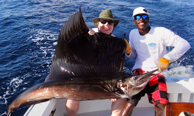 Los suenos fishing golf the best jaco fishing trip for Costa rica fishing vacations