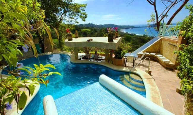 Manuel antonio gay friendly hotels la mansion inn for Mansions in costa rica