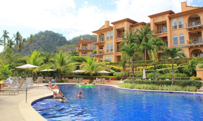 Bella vista condos vacation rental in jaco costa rica for Costa rica vacation homes