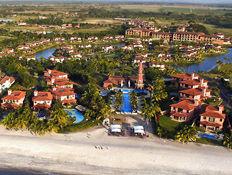 JW Marriott Lagoon Villas