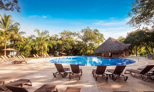 occidental-papagayo-pool-your-all-Inclusive-beachfront-costa-rica-wide.jpg