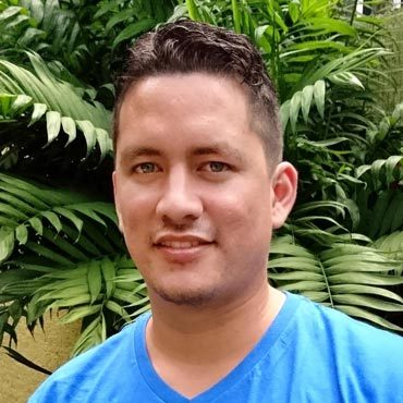 Kevin Villalobos, Travel Experience Team Representative
