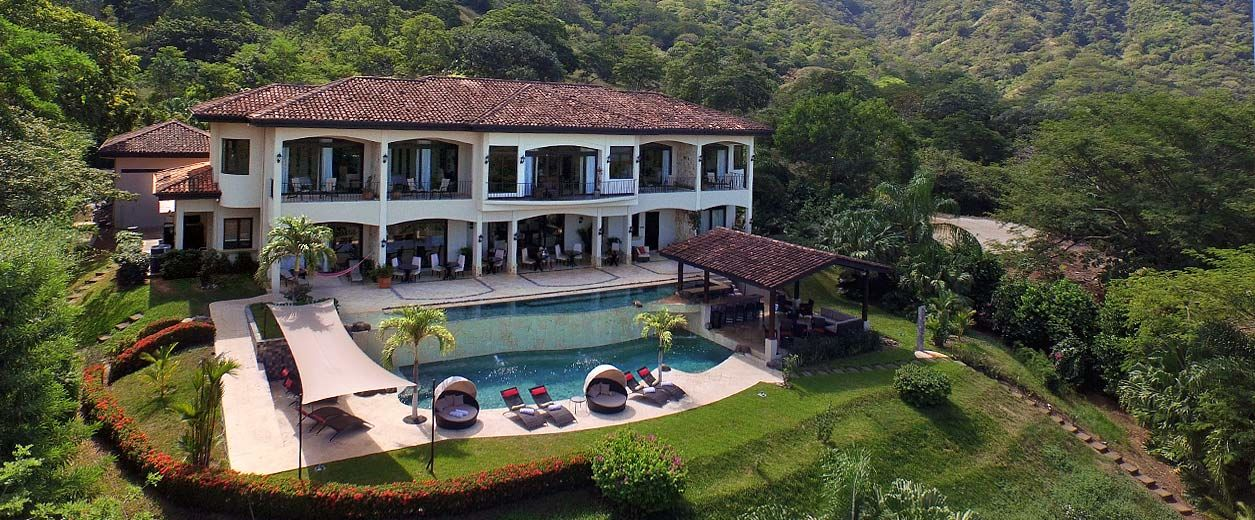 Overview of Villa Buena Onda